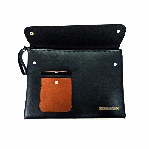 MEDIUM DUAL POCKET BLACK CLUTCH